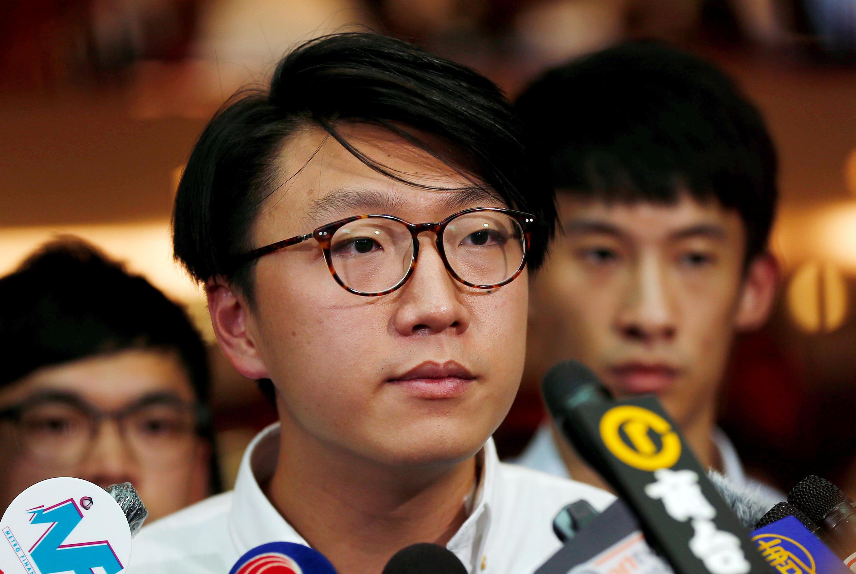 香港本土民主前线政党成员梁天琦2016年8月2日就其立法会选举资格被取消举行记者会。
