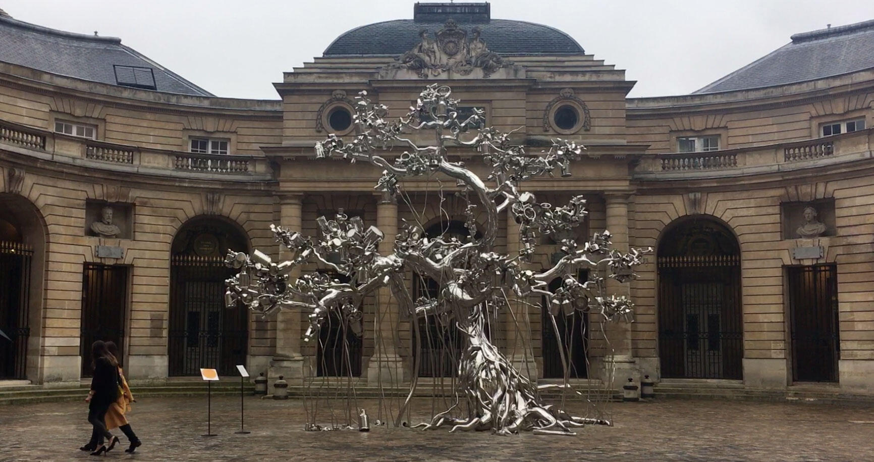 People Tree, 2018 , Subodh Gupta, Monnaie de Paris