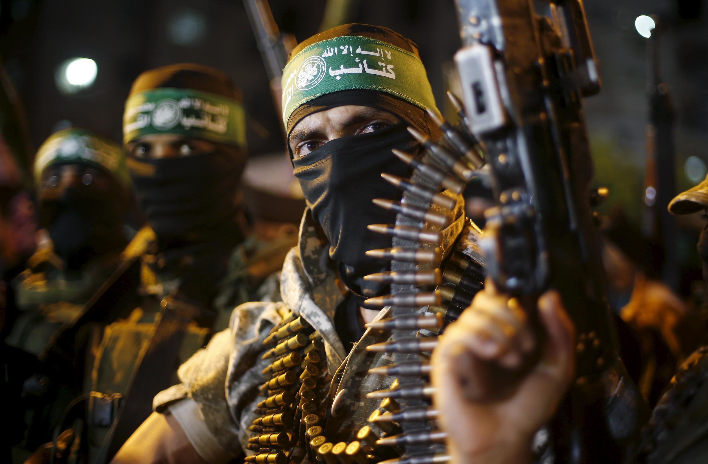 Militantes do Hamas nas ruas de Gaza. 8/07/15