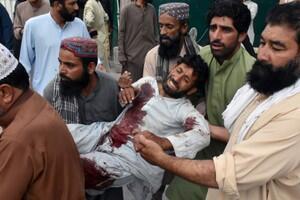 巴基斯坦選舉集會自殺式襲擊造成128人死亡。2018-07-13