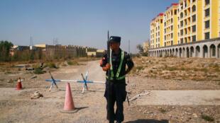 chine - xinjiang - yining -  ouighours - centre de détention 2020-12-09T055221Z_578150358_RC2HJK9XGVSS_RTRMADP_3_CHINA-RIGHTS-XINJIANG