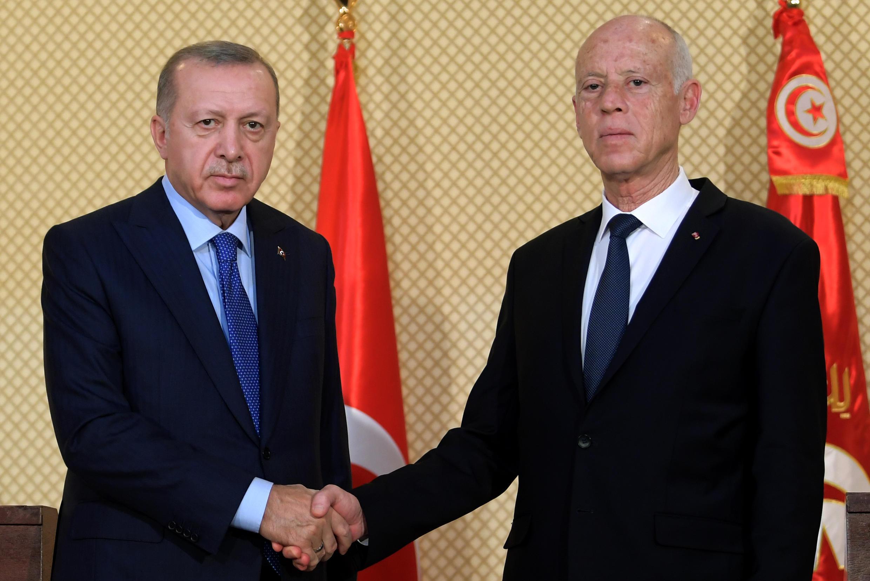 Presidentes turco, Erdogan e tunisino, Kais Saied, a 25 de dezembro, em Tunes