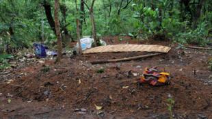 (illustration) À Koundjili, une tombe d'une des victimes des massacres dans la région de Paoua, le 28 mai 2019.
