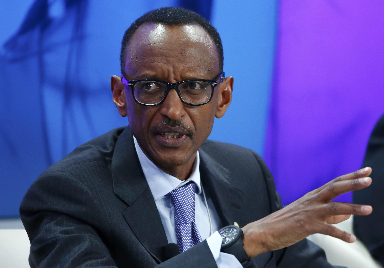 Le président rwandais Paul Kagame se défend sur Twitter contre les accusations du Burundi.