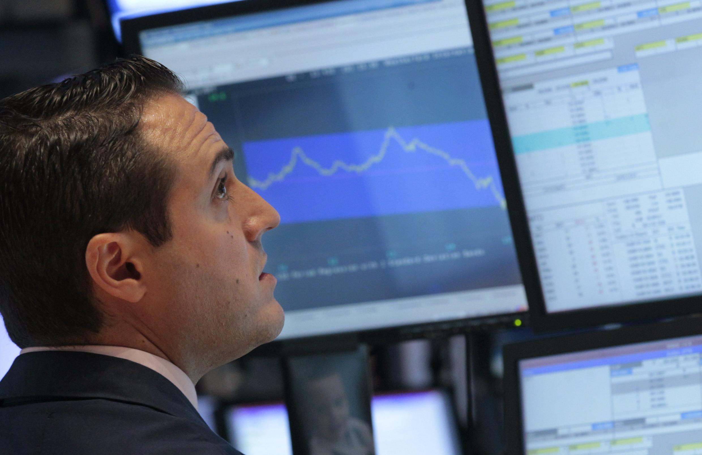 Mercado financeiro francês abre a semana em forte queda