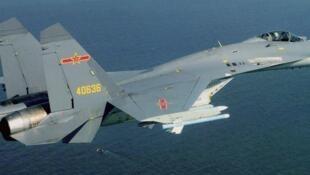 中國空軍殲-11戰機資料圖片