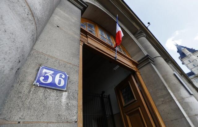 加拿大女遊客巴黎警局遭輪姦  兩名警察遭重判    2019年1月31日