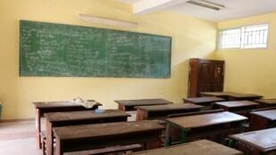 Le mouvement des enseignants ne faiblit pas, les salles de classe restent vides.