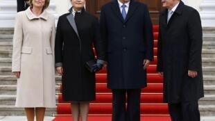 2014年3月28日,習近平到訪德國,總統高克迎接