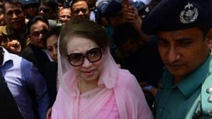អតីតនាយករដ្ឋមន្ត្រីនិងប្រធានគណបក្សជាតិនិយមបង់ក្លាដែស(BNP) Khaleda Zia នៅទីក្រុង Dacca ២ មិថុនា២០១៦