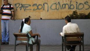 """""""Paz son cambios"""", en la Universidad de Antioquia de Medellín."""