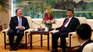 美國國務卿蓬皮奧向中國國家主席習近平通報特金會