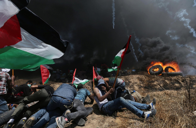 تظاهرات فلسطینیان در نور غزه  نزدیک به مرز اسرائیل