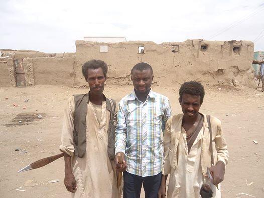 Wasu Kabilar Hadan-dawa tare da Mannir Sani fura Girke wakilin RFI Hausa a kasar Sudan
