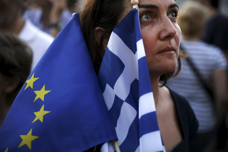 A Grécia se encontra praticamente sobre tutela com este 3° plano de resgate proposto pela Zona do Euro.