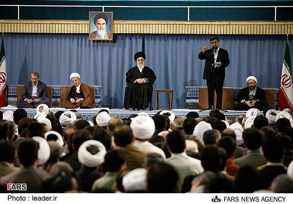 O guia iraniano Ali Khamenei ameaçou destruir Israel