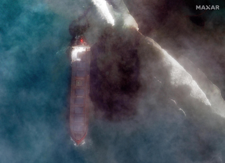 Oil Spill Mauritius satellite