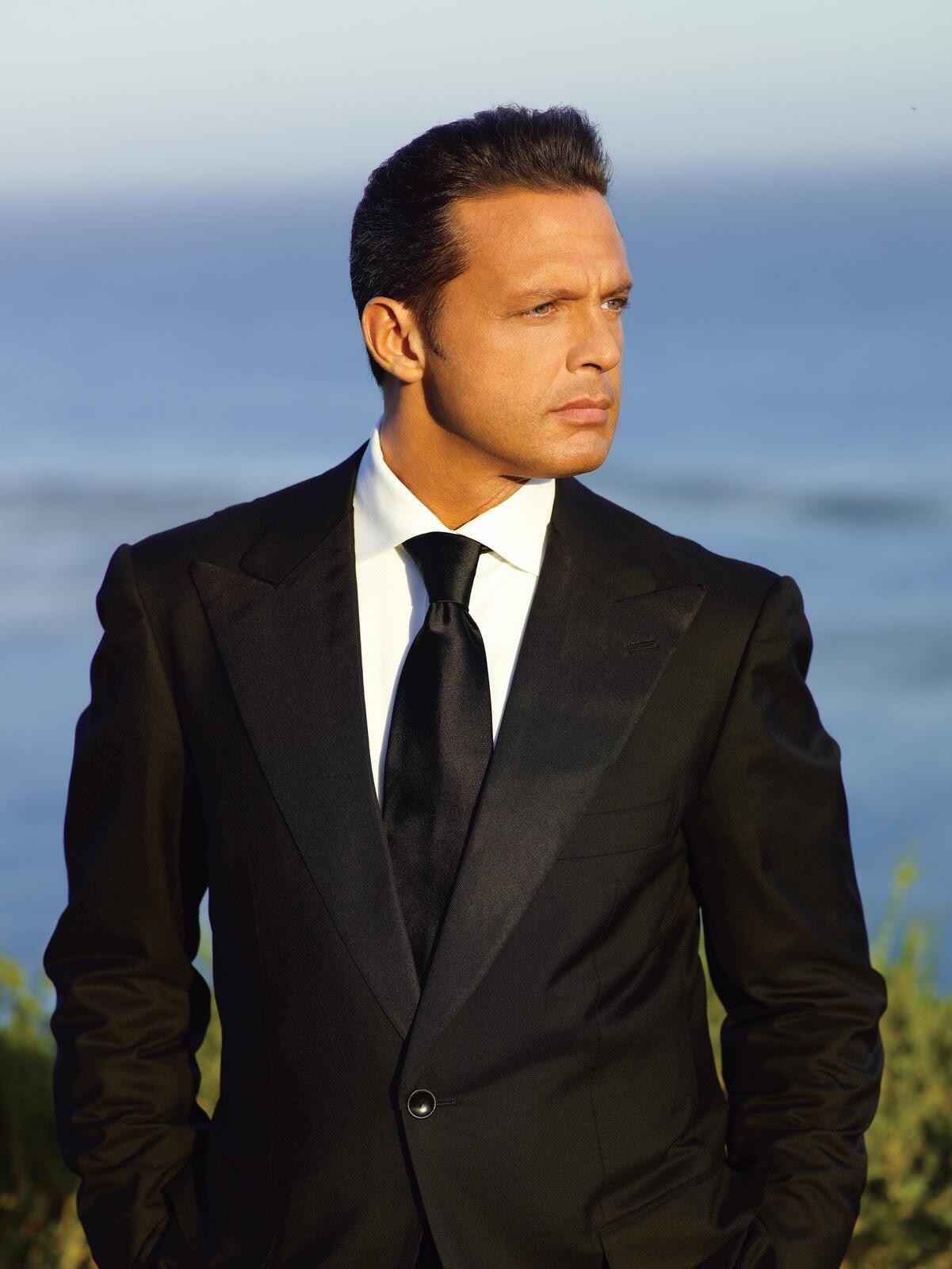 Historia de un Amor là một trong những bài hát tủ của Luis Miguel, ông hoàng bolero (DR)