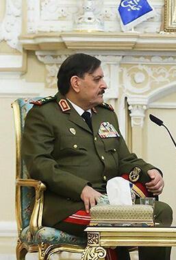 Fahd Jassem al-Freij est remplacé au poste de ministre de la Défense syrien par le chef d'état-major sortant, Ali Ayyoub.