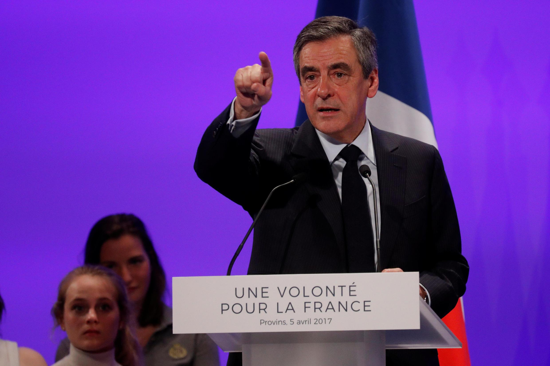 François Fillon, candidat à l'élection présidentielle de 2017, lors d'un discours à Provins, en France, le 5 avril 2017.