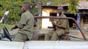 La police congolaise patrouille dans une rue de Brazzaville. (Photo d'illustration)