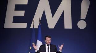"""O candidato do movimento """"En Marche"""" anunciou o programa de campanha esta quinta-feira, 2 de Março."""