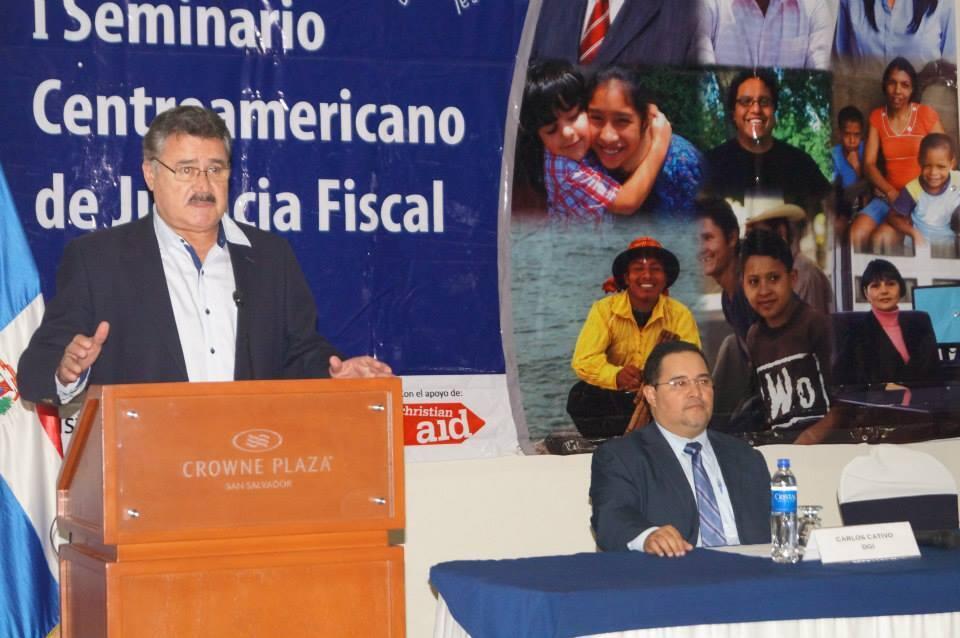 El economista Roberto Rubio, director ejecutivo de la ONG FUNDE.