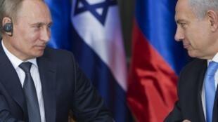 Le président russe Vladimir Poutine et le Premier ministre israélien Benyamin Netanyahu.