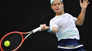 El argentino Diego Schwartzman avanzó el sábado a la tercera ronda del Masters 1000 de Miami.