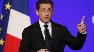 French President Nicolas Sarkozy stands behind the bill that would punish Armenian genocide deniers
