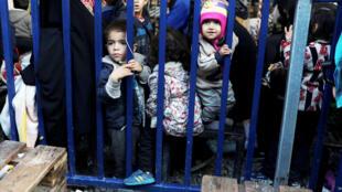 عکس آرشیو- کودکان پناهجو در جزیره لسبوس یونان. ۲۷ نوامبر ۲۰۱۹