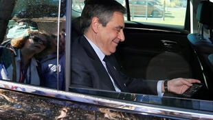 Кандидат на президентских выборах от правых Франсуа Фийон