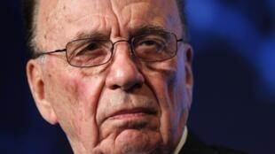 Rupert Murdoch foi considerado inapto a dirigir um grupo internacional.