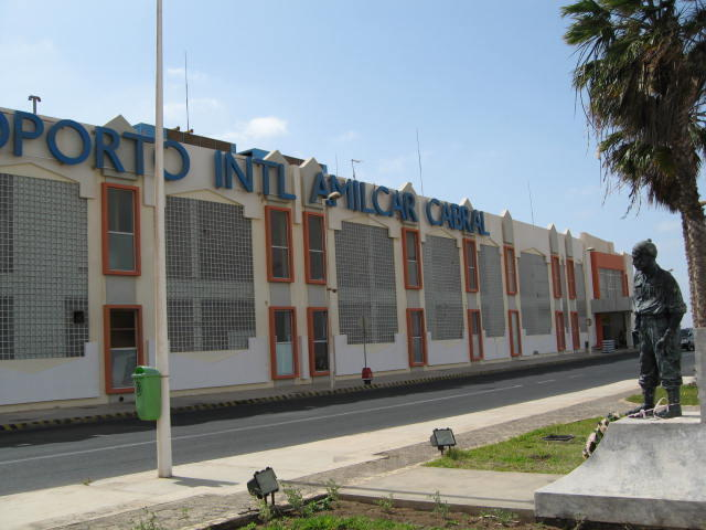 Aeroporto Internacional Amílcar Cabral, Ilha do Sal, em Cabo Verde