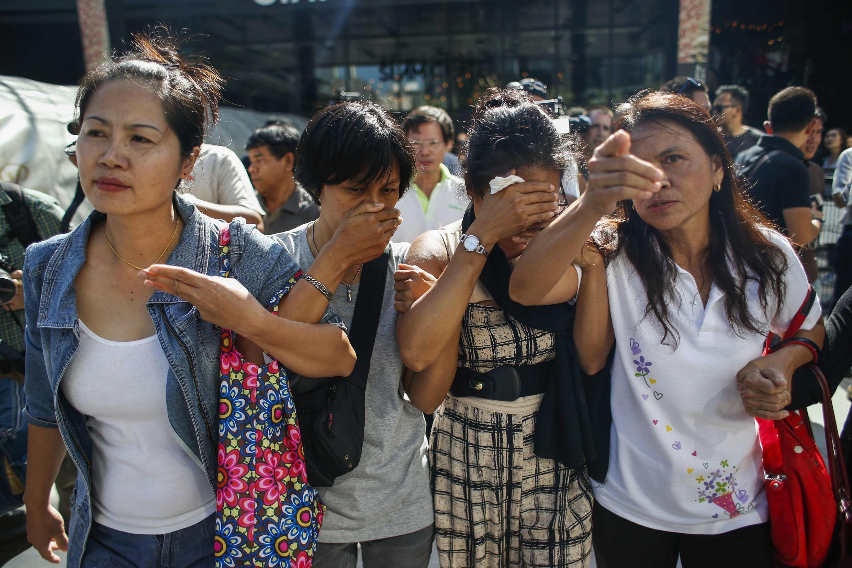 Nhân Dân Nhật Báo Trung Quốc: Những phong trào biểu tình gây áp lực từ đường phố thường đưa đến « hỗn loạn và nội chiến ». Trong ảnh: biểu tình phản đối đảo chính quân sự tại Thái Lan.