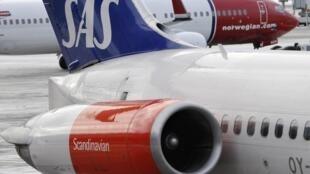 La compagnie aérienne scandinave SAS envisage de licencier 6 000 employés pour éviter la faillite.