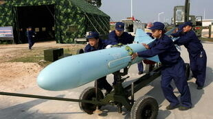 Một tên lửa loại YJ (Ưng Kích) của Trung Quốc.