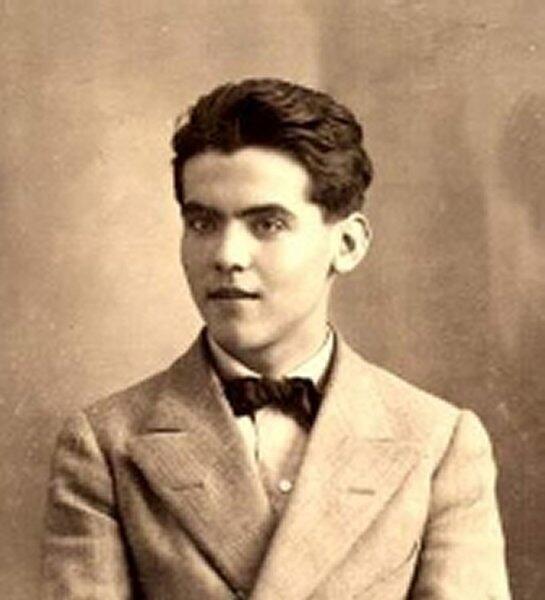 El poeta Federico García Lorca en 1914.
