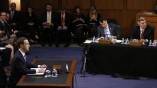 Le fondateur de Facebook, Mark Zuckerber, 33 ans, est questionné devant deux commissions du Congrès américain, le 10 avril 2018.