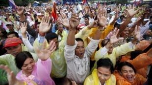 Người biểu tình chống Hun Sen, tại Phnom Penh, ngày 17/12/2013.