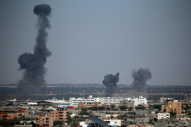 以色列对加沙地带进行空中打击