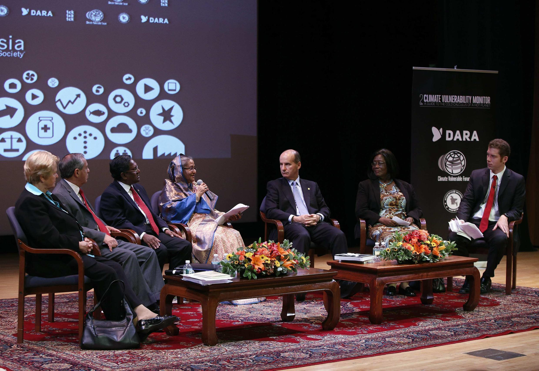 Hội nghị lần 2 của Climate Vulnerability Monitor tại New York ngày 26/09/2012.