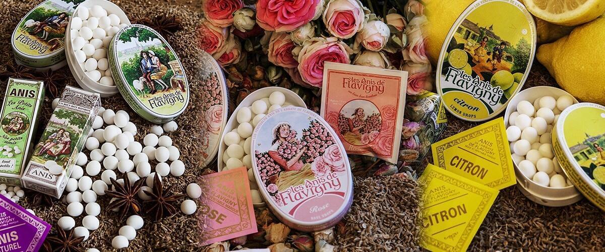 Chaque bonbon est fait d'une graine d'anis vert enrobée de sirop de sucre aromatisé : anis, violette, rose, menthe, réglisse, oranger…