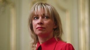 ماریا زاخارووا، سخنگوی وزارت امور خارجه روسیه، روز شنبه ۳۱ مارس، اعلام کرد: روسیه تصمیم دارد تا تساوی را در تعداد دیپلماتها رعایت کند و دیپلماتهای اضافی بریتانیا را اخراج کند.