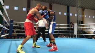 Tournoi de boxe à Rabat lors des Jeux africains 2019 au Maroc.