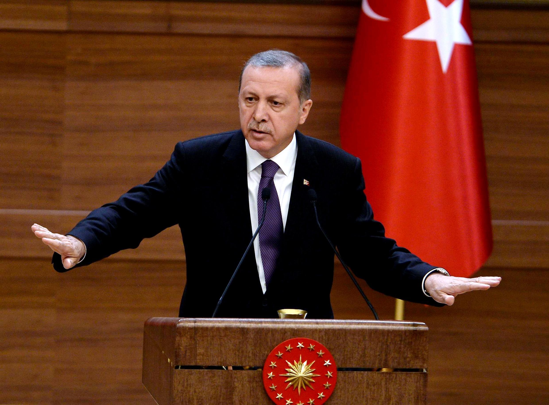 Султан и калиф — так называет Эрдогана французская Le Figaro