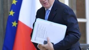 Le ministre du Travail Xavier Darcos au palais de l'Elysée, le 6 novembre 2009.