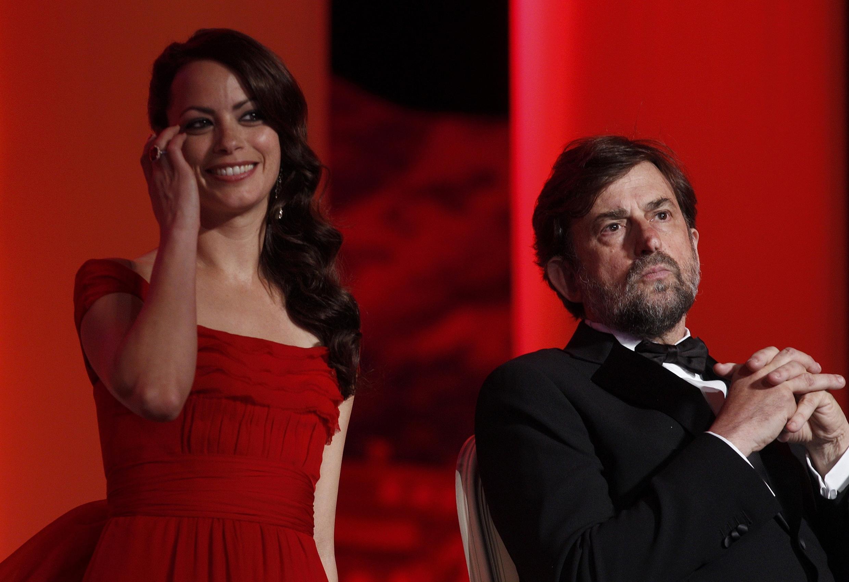 Nữ diễn viên Pháp Bérénice Béjo và chủ tịch ban giám khảo là đạo diễn Ý Nanni Moretti (REUTERS)