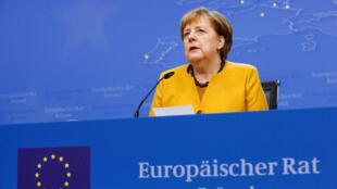 德國總理默克爾22日在布魯塞爾歐盟峰會發表講話