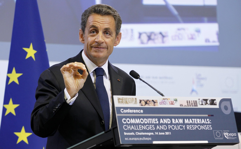 O presidente francês, Nicolas Sarkozy, durante reunião em Bruxelas para debater alta das commodities.